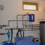 Strojnica s toplotno črpalko